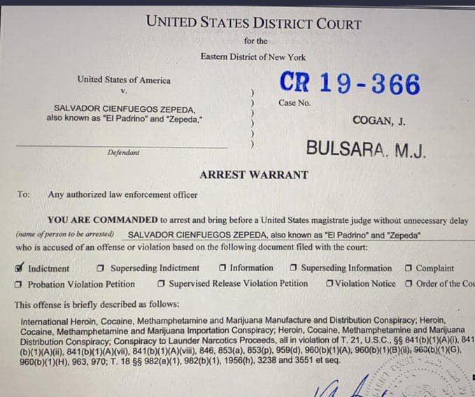 orden de aprehension o detencion y arresto americana
